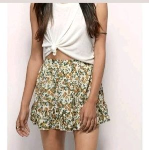 Tobi Large 8-10 Floral Skirt